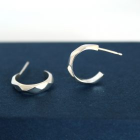 Faceted silver mini hoops
